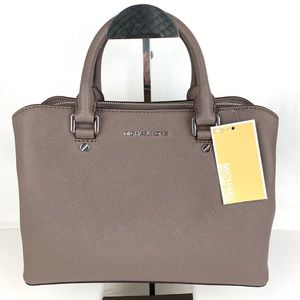 New Michael Kors Savannah Leather Satchel